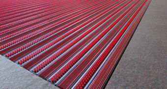 Придверные алюминиевые решетки для гостиницы
