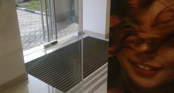 Грязезащитные алюминиевые решетки для магазина