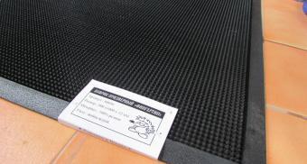 Резиновые коврики для частного дома