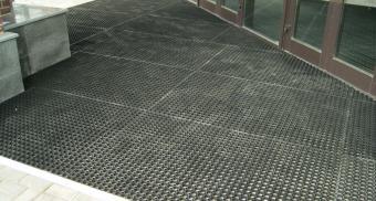 Резиновые покрытия для входной зоны