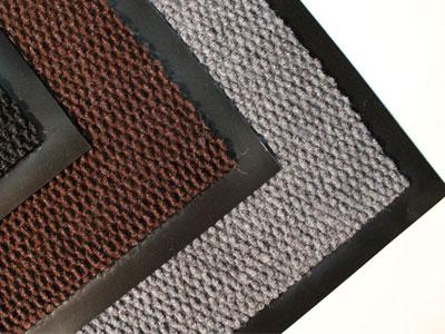 Преимущества и недостатки ковров из искуственные материалов